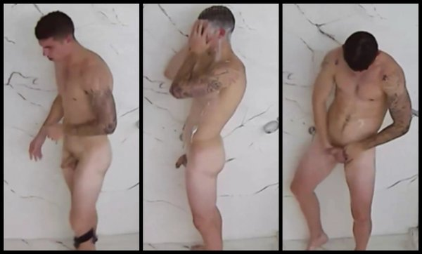 luis galesio duchándose desnudo