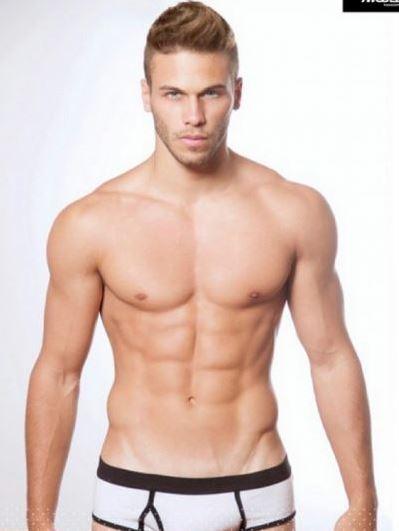 mariano gran hermano argentina desnudo